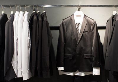 Jaké je vhodné oblečení na pohřeb pro ženy, muže i děti