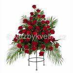 květinové aranžmá do stojanu